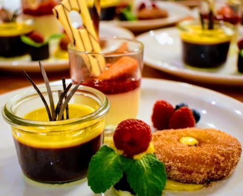 """dessertvariationen gourmetmenue 495x400 - Offres spéciales """"Vacances en Forêt Noire"""" - Hotel Lindenhof"""