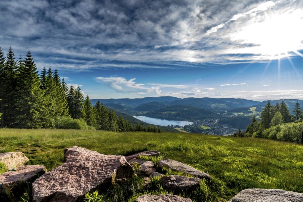 Schwarzwald: Titisee vom Hochfirst