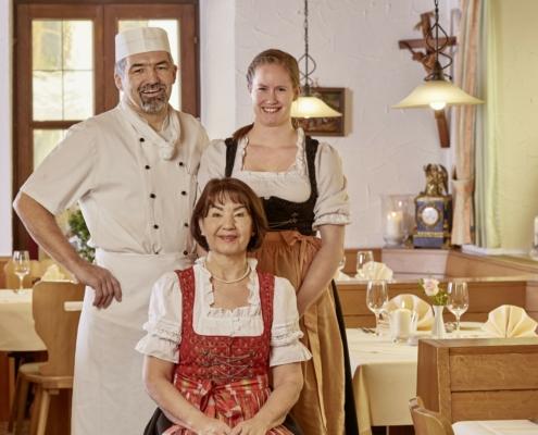 Das herzliche Team in unserem Restaurant wird Sie verwöhnen