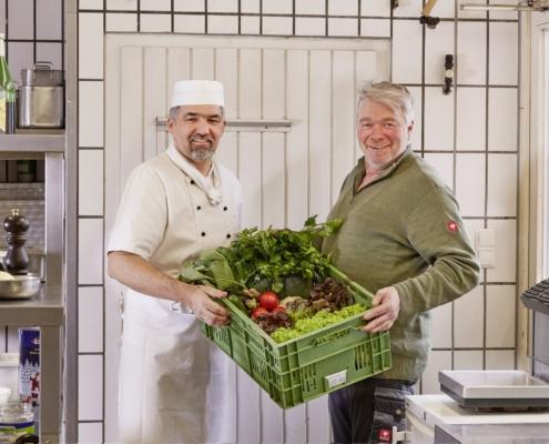 frisches gemuese vom oertlichen lieferanten 495x400 - Restaurant Lindenhof Donaueschingen