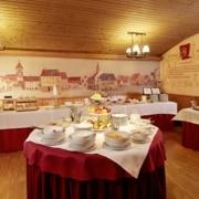 Frühstücksbuffet im Hotel in Bräunlingen neben Hüfingen