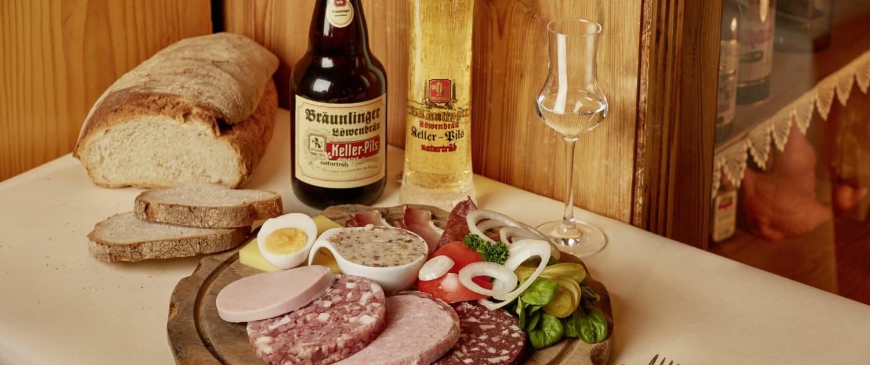 vesper mit lokalen produkten 1500x630 - Restaurant Lindenhof in Bräunlingen bei Donaueschingen