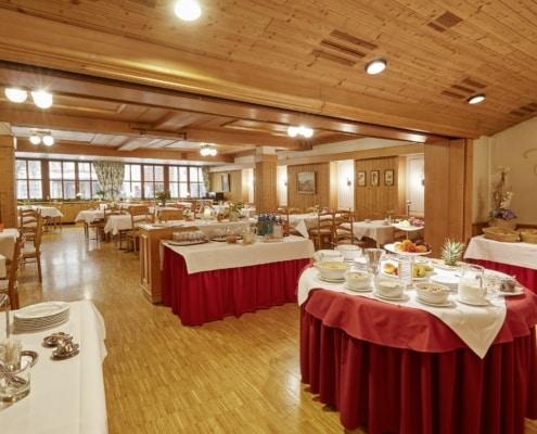 Frühstücksraum Raum Schwarzwald Restaurant Lindenhof