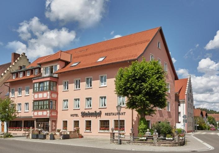 hotel restaurant lindenhof aussen neu 705x492 - 照片