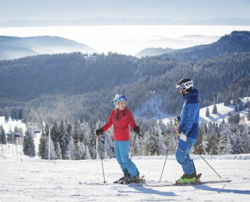 skier on feldberg mountain 845x684 - Winter im Schwarzwald - Hotel Lindenhof Donaueschingen